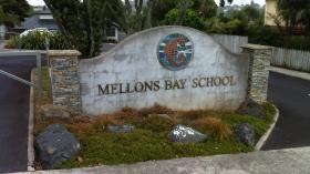 Mellons Bay School